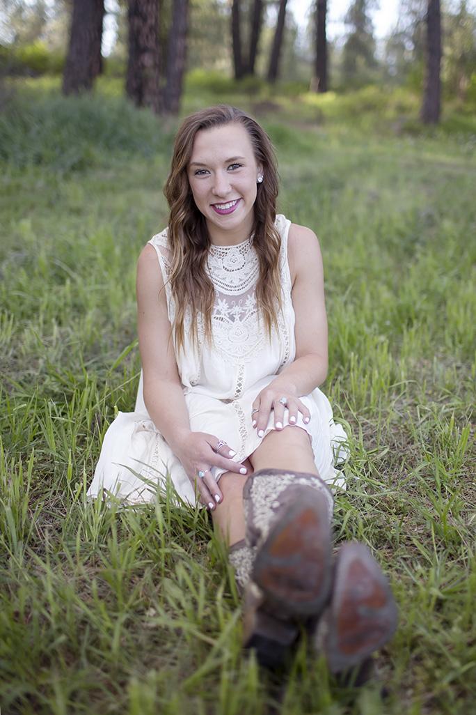 Senior photo shoot in Cheney, WA